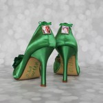 EmeraldGreenPeeptoesFlashGreenTrioParentsPhotoCharm Custom Wedding Shoes 1