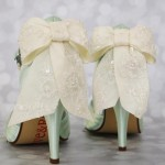 Lace_Overlya_Bow_Back